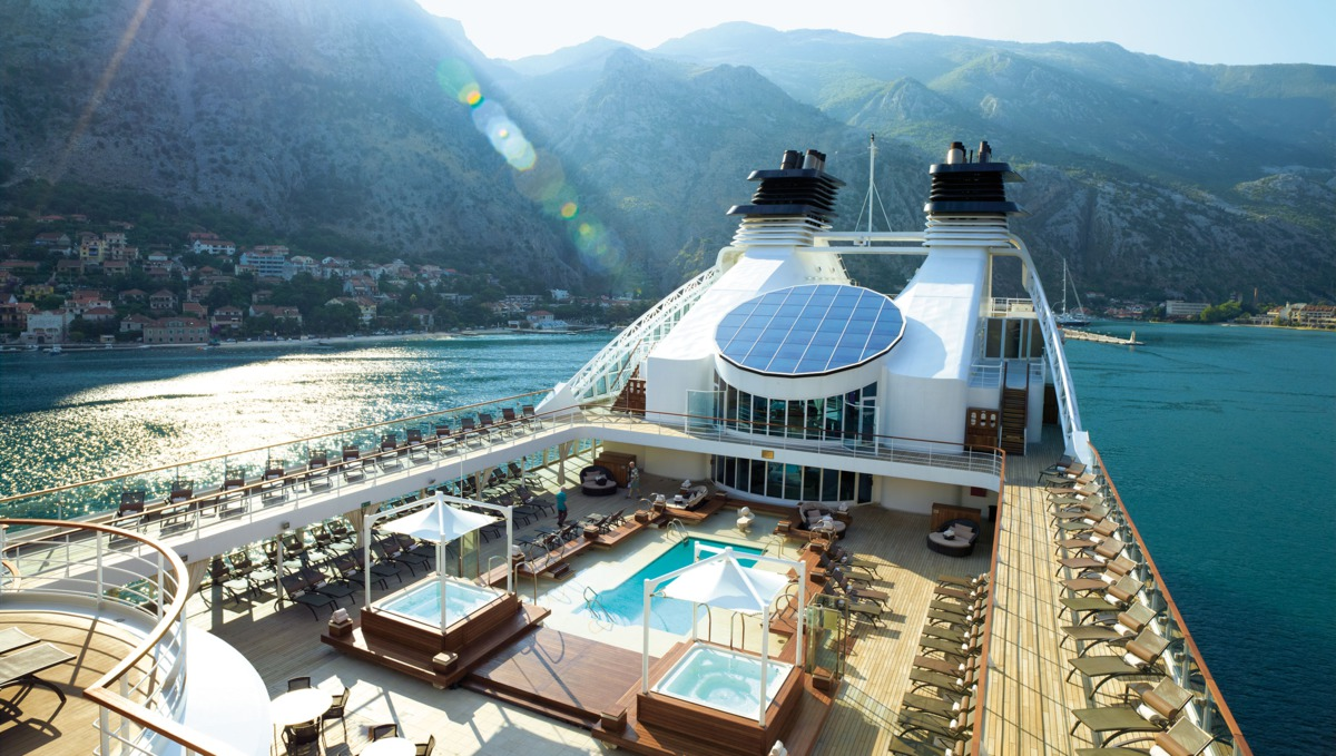 Lavish Luxury Cruises - Experience the Magic